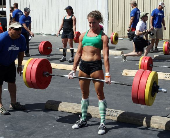 crossfit-girl-Laura-Plumley1